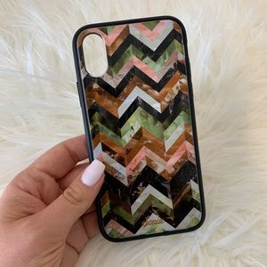 iPhone X/Xs Multicolor Chevron Case